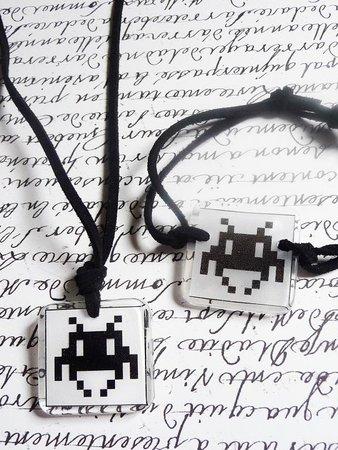 bijoux Space Invader createur de mode