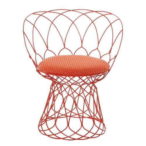 chaises et fauteuils en m tal de patricia urquiola lavieenrouge. Black Bedroom Furniture Sets. Home Design Ideas