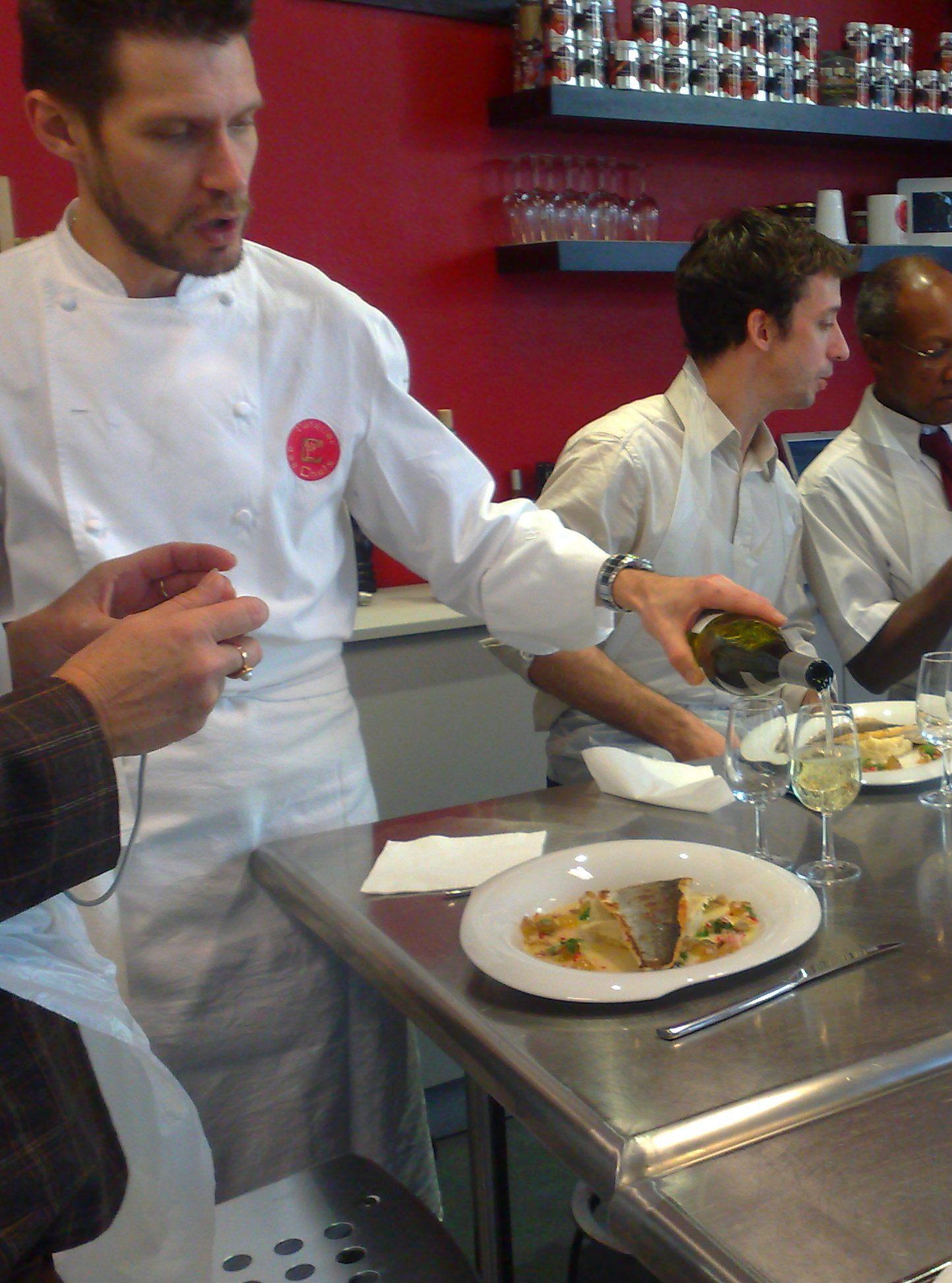 J ai pris un cours de cuisine pour ne plus tre nullissime - Cours de cuisine l atelier des chefs ...