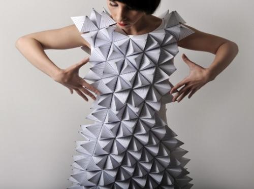 Origami lavieenrouge - Robe en origami ...