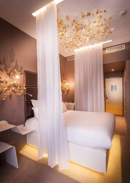 Chambre 404 hôtel Legend