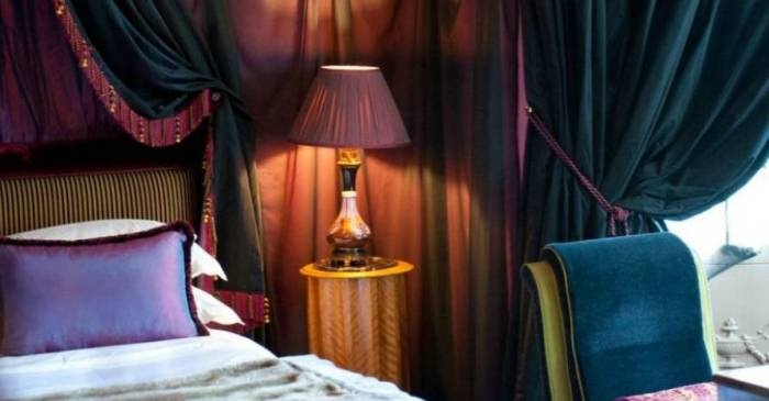 chambre Chic. Paris.