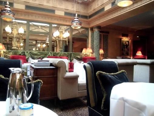 l'Hôtel restaurant.
