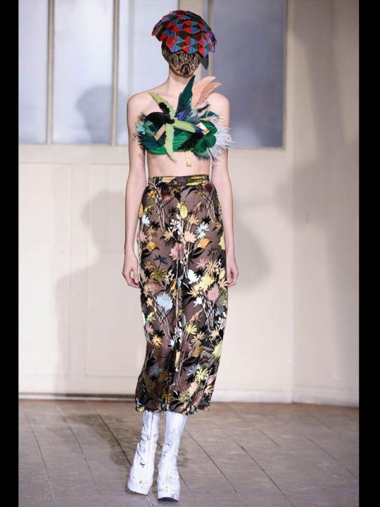 Le-defile-Maison-Martin-Margiela-Haute-Couture-printemps-ete-2013