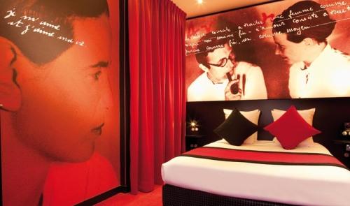 """Chambre Deluxe""""Jean-Paul Sartre § Simone de Beauvoir"""""""