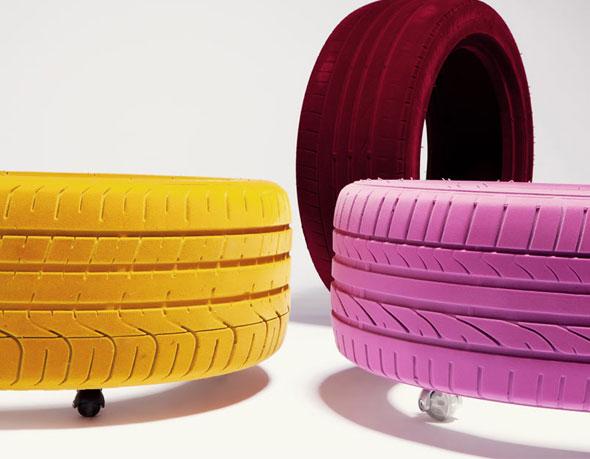 Table-Design avec un pneu