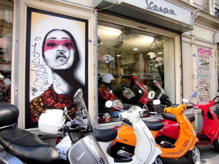 Graffiti République Paris