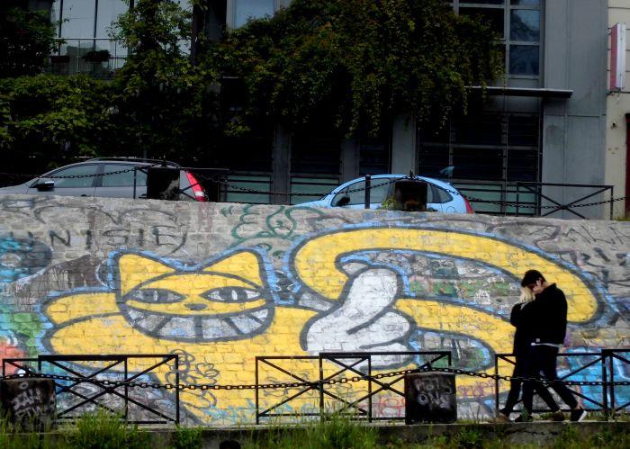 les canaux de Paris graffiti Le Chat