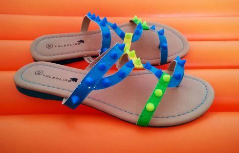 sandales Babou fluo
