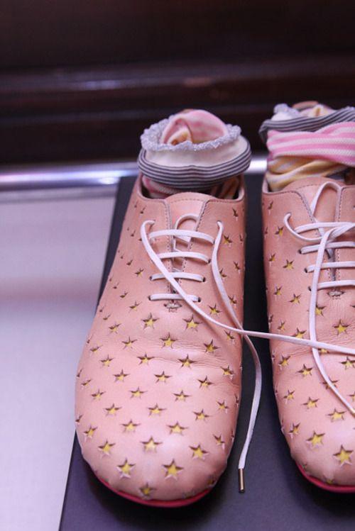 Mint design shoes