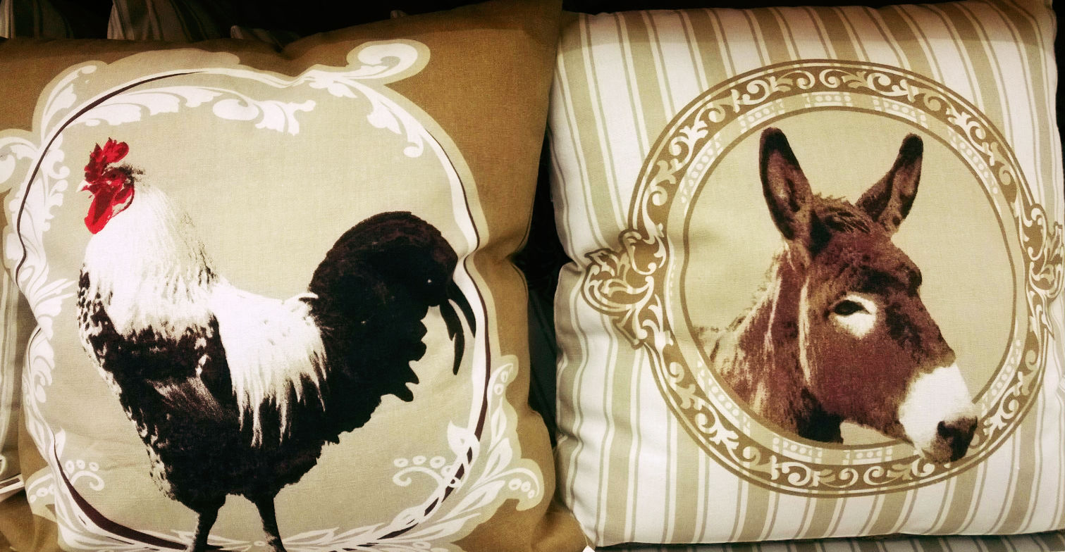 Coussins animaux lavieenrouge - Coussins pour fauteuil de jardin ...