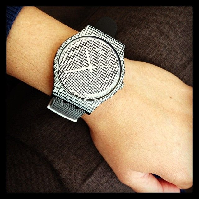 Swatch FOR THE LOVE OF W