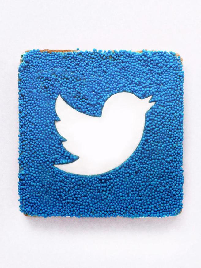 Twitter_exact780x1040_p