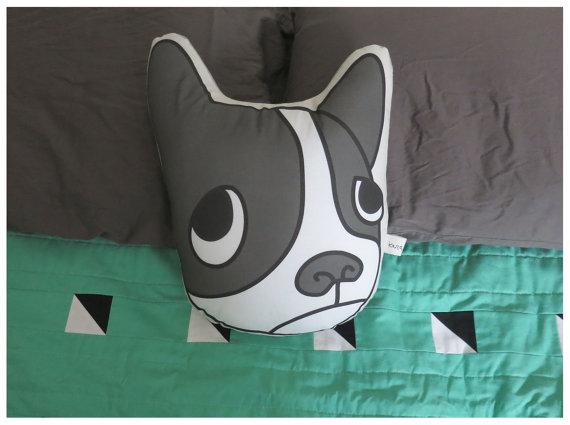 coussins t tes de chien lavieenrouge. Black Bedroom Furniture Sets. Home Design Ideas