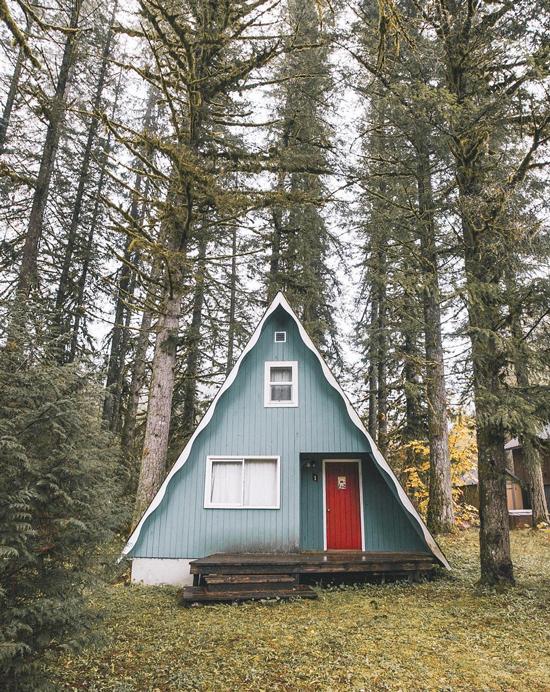 a frame cabin 1