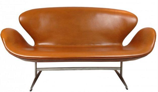 Canapé Swan en cuir cognac et fonte d'aluminium, Arne JACOBSEN - 1970