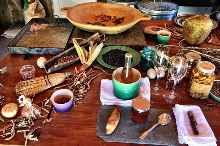 Dégustation du miel, de l'hydromel et des produits de la ferme.