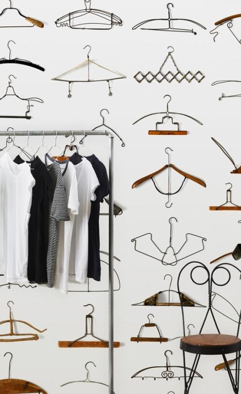 papier-peint-hangers-nlxl-by-arte