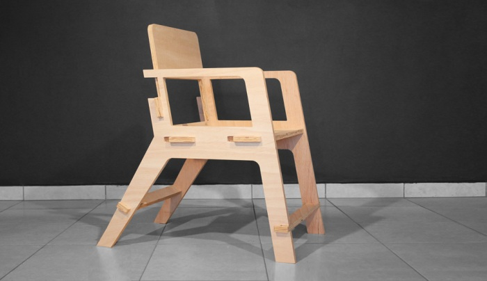 studio_dlux_kuka_chair.1.default