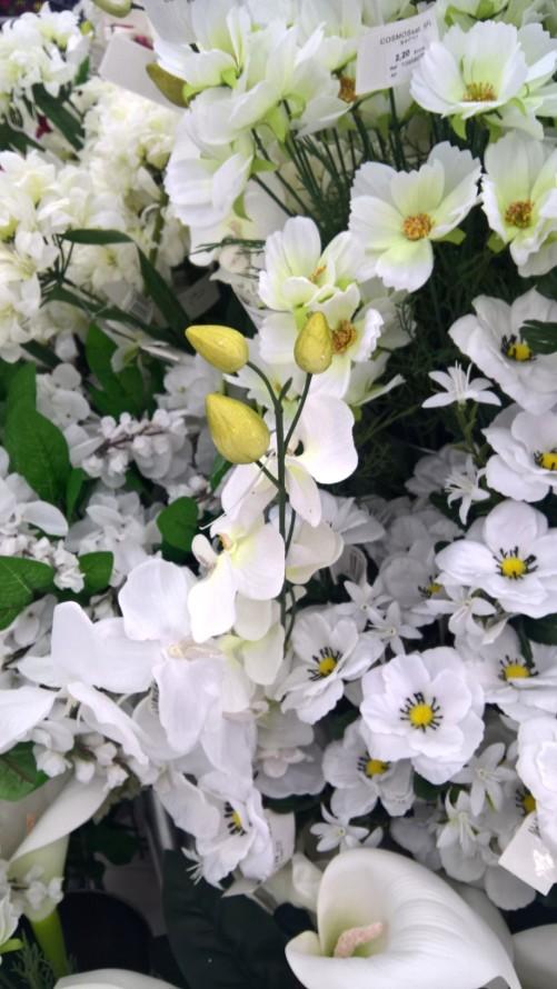 fleurs artificielles.35