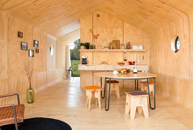 maison en bois et en carton