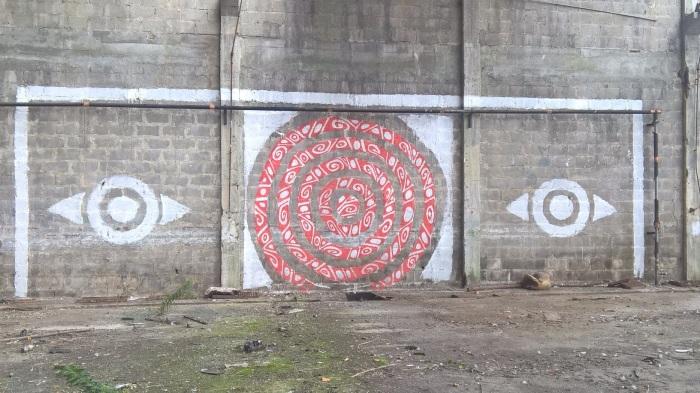 graffiti sur les docks Lorient
