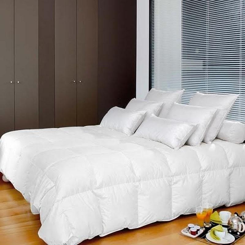 est ce le moment d acheter une couette lavieenrouge. Black Bedroom Furniture Sets. Home Design Ideas